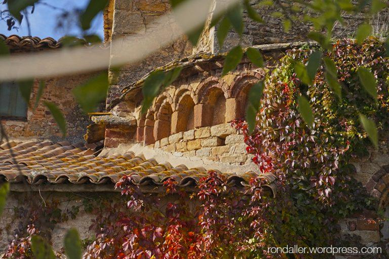 Absis de l'església de Santa Maria de Vilalleons